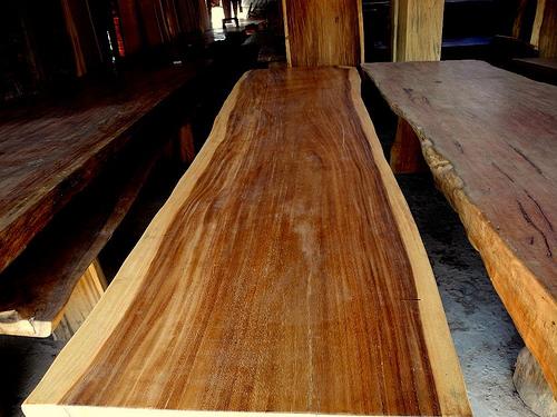 Natíráme dřevo